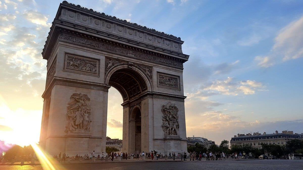 Wagram Protection-Arc de Triomphe